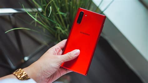 the galaxy note 10 has the best according to tests gadgetmatch