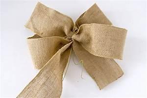 Geschenk Schleife Binden : schleife aus leinen binden gr ner faden geschenkschleife hochzeitsideen pinterest ~ Orissabook.com Haus und Dekorationen