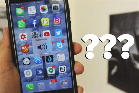 iphone thinks headphones are in iphone stuck in headphone mode quick easy how to fixes iphon