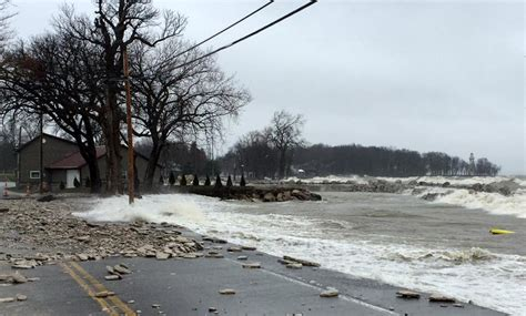 lake erie water levels  high