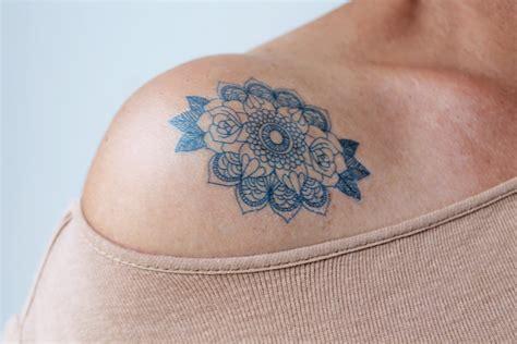 tatouages temporaires mandala rose tatouage mandala