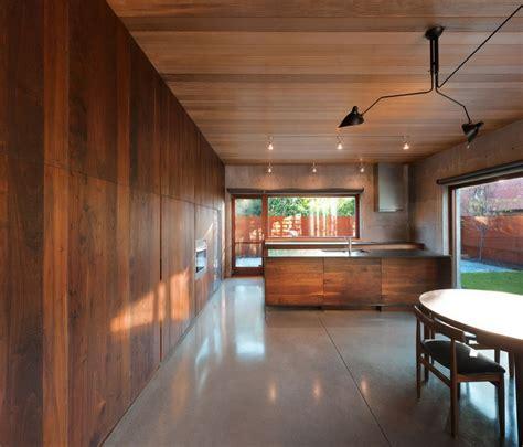 cuisine avec angle 30 idées pour le revêtement mural bois archzine fr