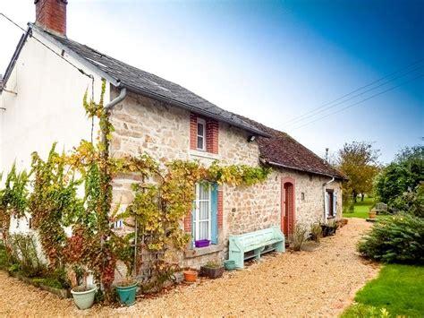 maison a vendre dans la creuse maison 224 vendre en limousin creuse st priest la feuille maison en hameau avec superbe