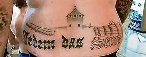 Kreuz Tattoo Oberarm : nazi in oranienburg kz tattoo im spa bad erf llt wohl straftatbestand berlin tagesspiegel ~ Frokenaadalensverden.com Haus und Dekorationen
