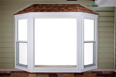 Bay Windows with Screens