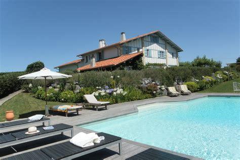 chambres d hotes de charme biarritz cote atlantique location vacances avec piscine privee b b