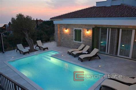 Moderne Villa Mit Pool by Kroatien Pag Haus Villa Moderne Villa Mit Swimmingpool