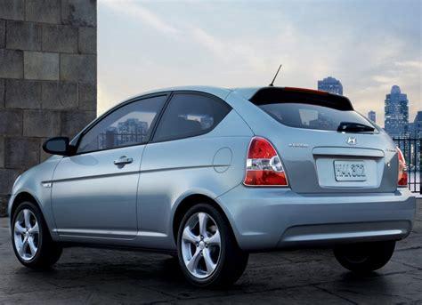 2007 Hyundai Accent by 2007 Hyundai Accent Image 12