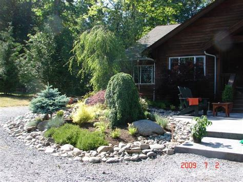 mountain landscape design 1000 images about yards and gardens on pinterest patio herb gardens small yards and purple