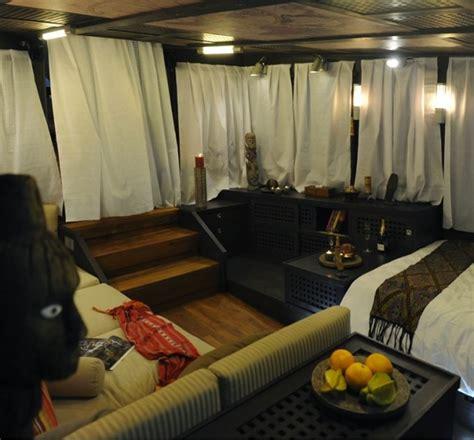 zen yacht luxury sailing cabin captain phinisi schooner