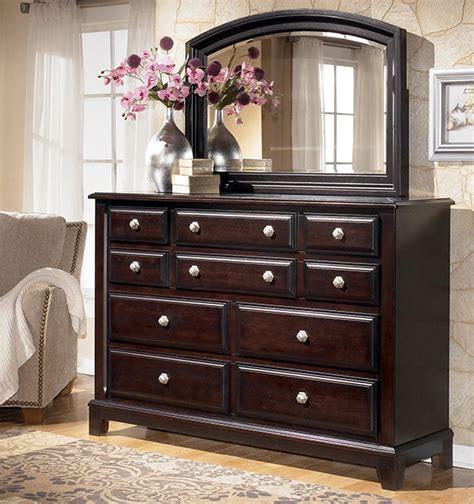 Bedroom Sets In Chicago by Ridgley 4 Sleigh Bedroom Set In Brown Marjen