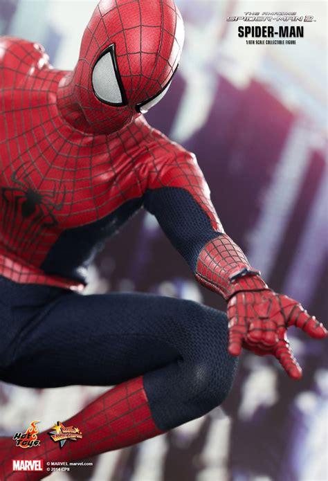 hot toys  amazing spider man  spider man