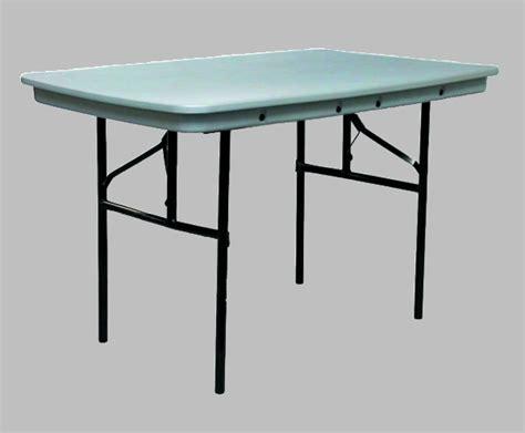 Commercialite Plastic Folding Table 48 Quot X 30