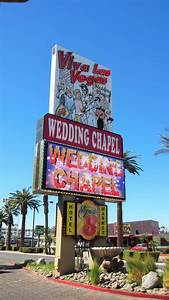 Best 25 vegas wedding chapels ideas on pinterest las for Gay wedding packages las vegas