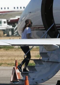 Mark Zuckerberg Private Jet Pictures To Pin On Pinterest