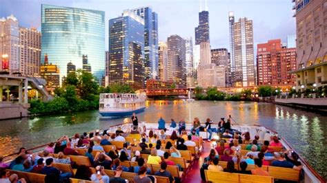 Navy Pier Boat Cruise by Riverboat Architecture Tour From Navy Pier Chicago Expedia