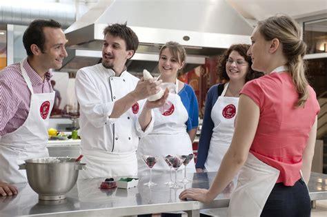 cours de cuisine entreprise cours de cuisine l 39 atelier des chefs lyon 2ème activite