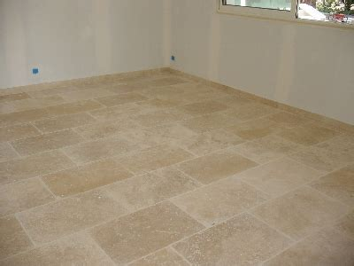 carrelage travertin