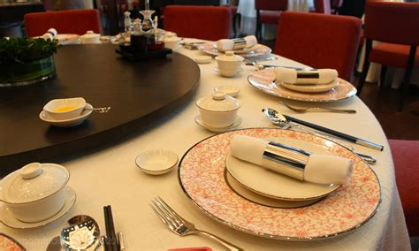 chinese dining etiquette chinese table manners chinese etiquette and rules of behavior at the table