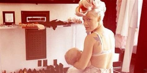 30 Awesome Celebrity Breastfeeding Moments Huffpost
