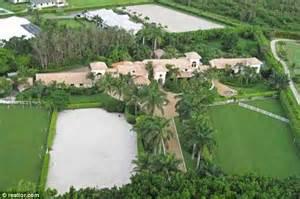 Bill Gates buys $8.7 million Florida mansion to help ...