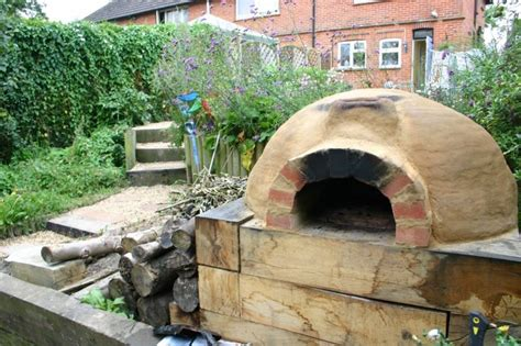 stehle selber bauen anleitung pizzaofen bauen holz oval im freien pizzaofen bauen pizzaofen lehmofen