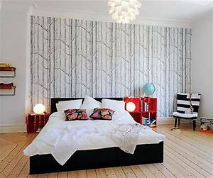 Focusing on one wall in bedroom. Swedish idea of using ...