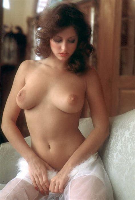 Miss February 1975 Laura Misch - Pichunter