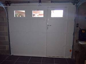 installation d39une porte de garage sectionnelle motorisee With porte de garage sectionnelle jumelé avec porte de securite