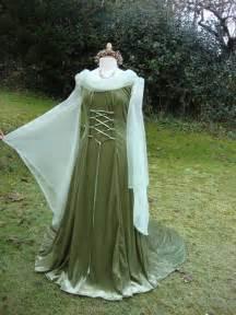 Medieval Celtic Wedding Dresses