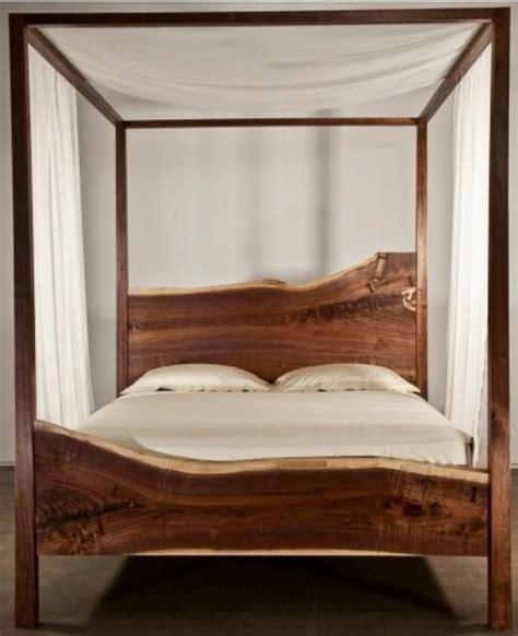 chambre à coucher pas cher lit en bois pas cher mzaol com