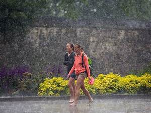 UK weather forecast: Heavy rain to hit swathes of country ...