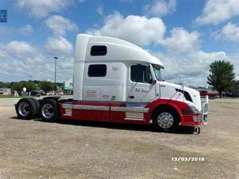 volvo 870 truck volvo 780 2009 sleeper semi trucks