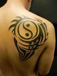 Tribal Upper Back Cool Yin Yang Tattoo For Men - Golfian.com