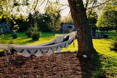 How To Hang A Hammock Between Trees by 101 Ways To Hang Your Hammock Hammock Universe Canada