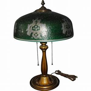 Bradley hubbard table lamp with enameled ice chip green
