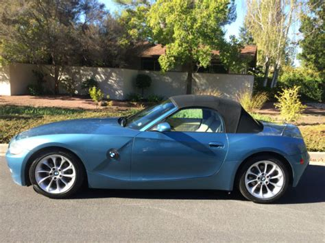 2 Seater Bmw by 4usbt33534ls49643 2004 Bmw Z4 2 5i Convertible 2 Seater