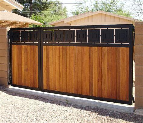 Zaun Holz Metall by Custom Metal Wood Gate 171 Cdf Llc Gate Ideas