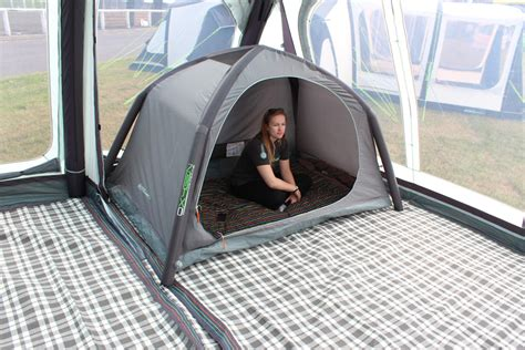 standalone air pod dark  berth inflatable pop