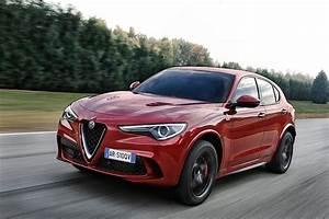 Stelvio Alfa Romeo : alfa romeo stelvio quadrifoglio specs 2017 2018 autoevolution ~ Gottalentnigeria.com Avis de Voitures