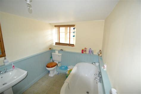 Blue Beige Bathroom Ideas by Blue Bathroom Design Ideas Photos Inspiration