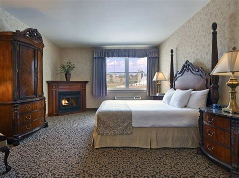 1 2 bedroom suites lancaster pa hotel amish country