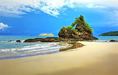 the vacation guide best place to vacation in costa rica travel hounds usa