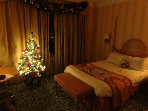 chambre hotel disneyland décoration noël chambre 1140 photo de disneyland hotel