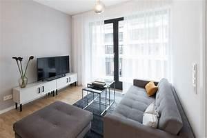 Wohnzimmer Accessoires Bringen Leben Ins Zimmer : interior design wohnzimmer ~ Lizthompson.info Haus und Dekorationen