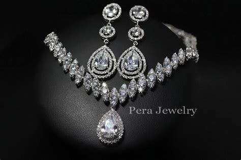 Classic Women Wedding Jewelry White Gold Plated Clear Cz