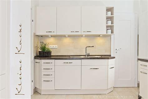 Kleine Küche Stauraum by Wir Renovieren Ihre K 252 Che Kleine Kueche In Muenchen