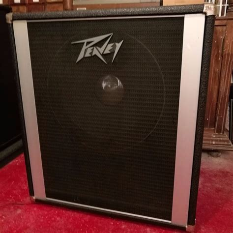 peavey 1x15 bass cabinet with black widow 300 watt 4 ohm