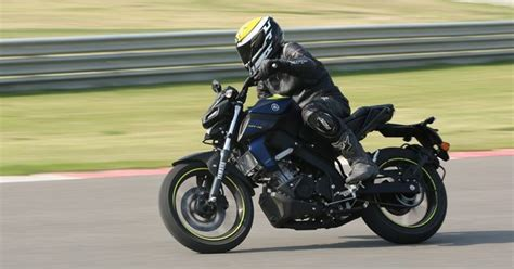 Review Yamaha Mt 15 by Yamaha Mt 15 Review Ride Autox