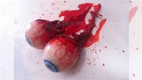 halloween room decor tutorial diy bloody eyeballs